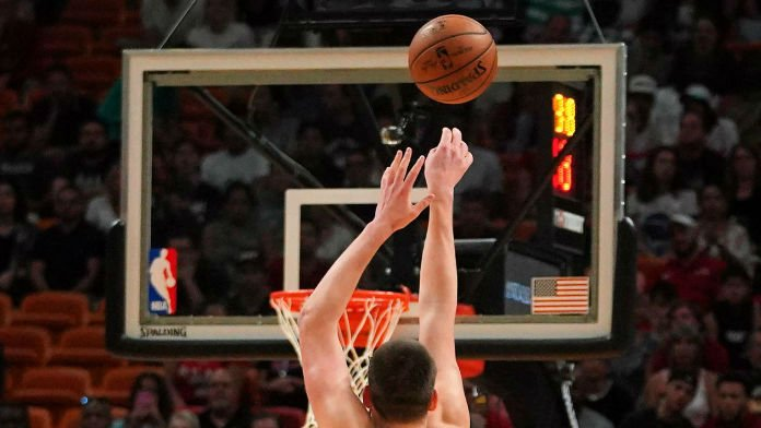Factors & Tips to Consider in NBA Scoring Champion Betting