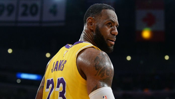 How Bettors Should View LeBron James' Reduced Playing Time
